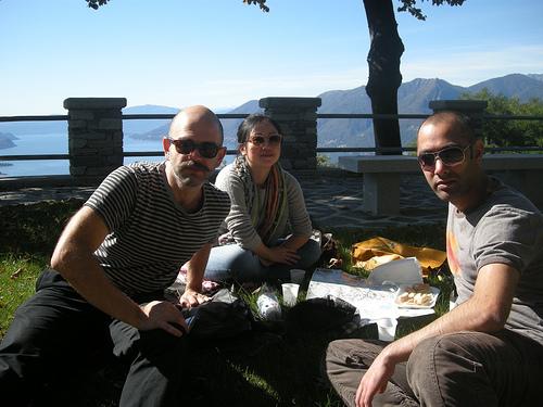 London Fencing Club Italian lakes trip picnic